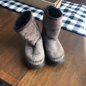Youth Uggs Brown size Youth 12